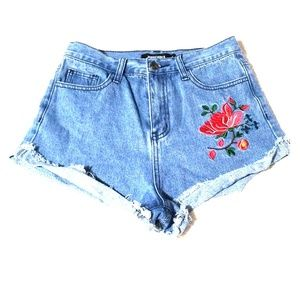 LikeNew MISSGUIDED High Waisted Flower Jean Shorts